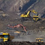 ما هو النفط الصخري وما هي ميزات وعيوب عملية التكسير التي تستخدم لاستخراجه؟