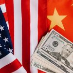 التصعيد الأمريكي الصيني يقود البورصات الأمريكية والأوروبية للانخفاض المستمر نهاية الأسبوع الماضي