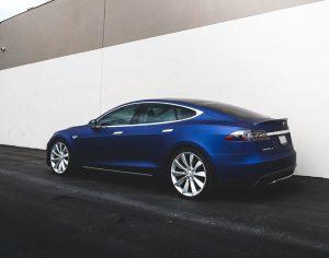 أفضل السيارات الكهربائيّة مبيعاً في العالم