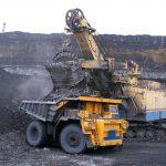 أكبر شركة تنقيب في العالم تحاول التخلص من أعمالها في استخراج الفحم الحجري والنفط